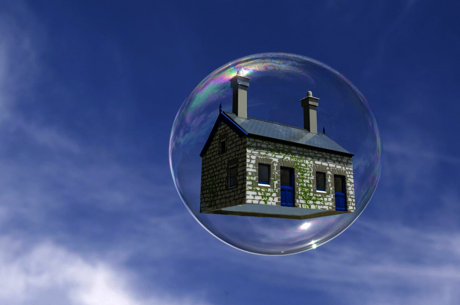 The difference between a housing bubble and inflation in US real