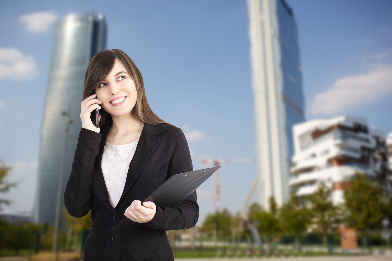 How To Hire The Right Real Estate Agent For A Commercial Property
