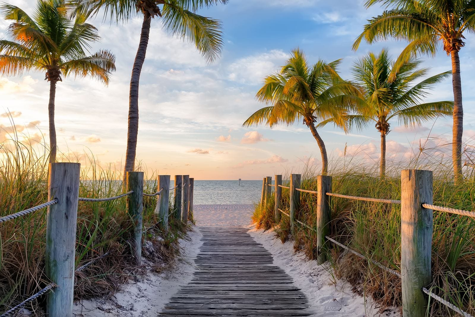 Top Locations to Buy a Vacation Rental for a Warm Winter in the US