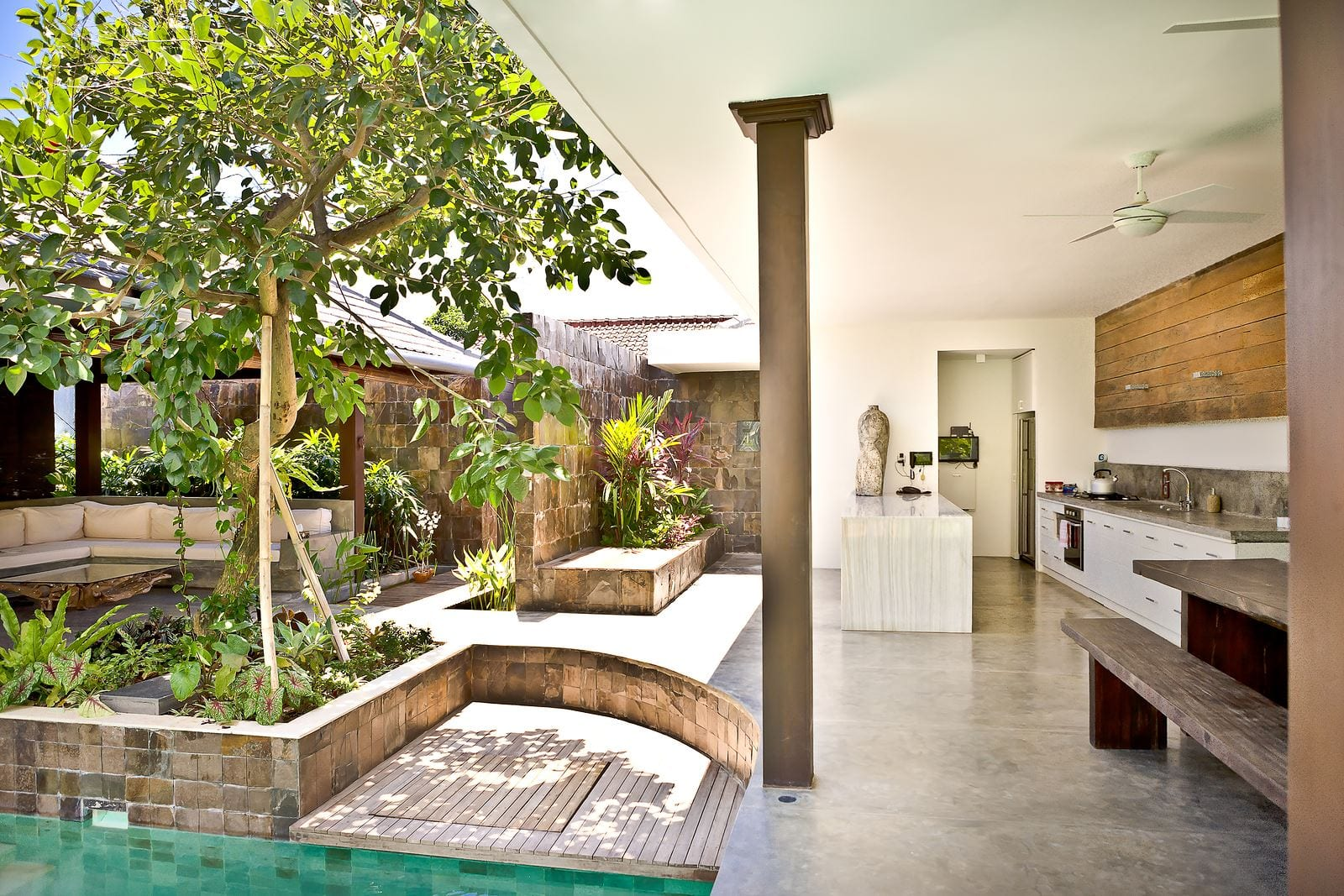 Outdoor Features That Will Make Your Investment Property More Valuable