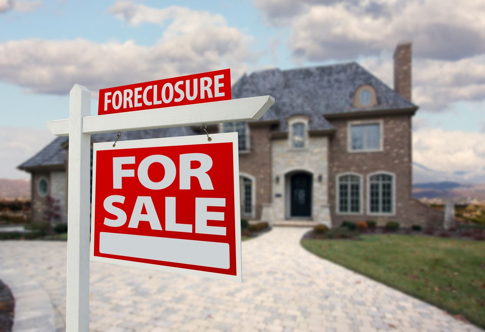How To Find Foreclosed Homes For Sale To Invest In And Make Money |  Mashvisor