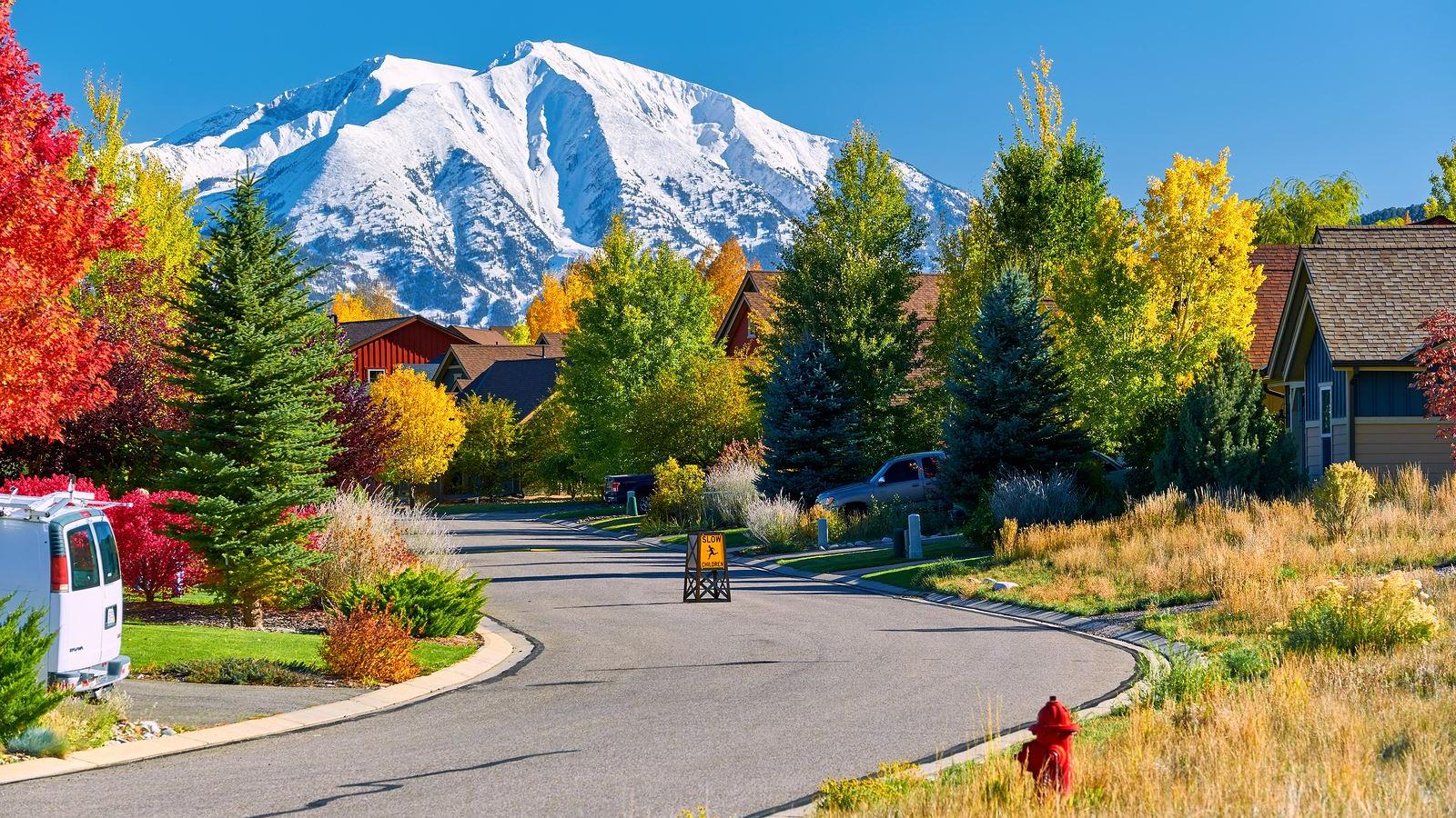 Fine Colorado Housing Market 2019 Why And Where To Invest Complete Home Design Collection Barbaintelli Responsecom