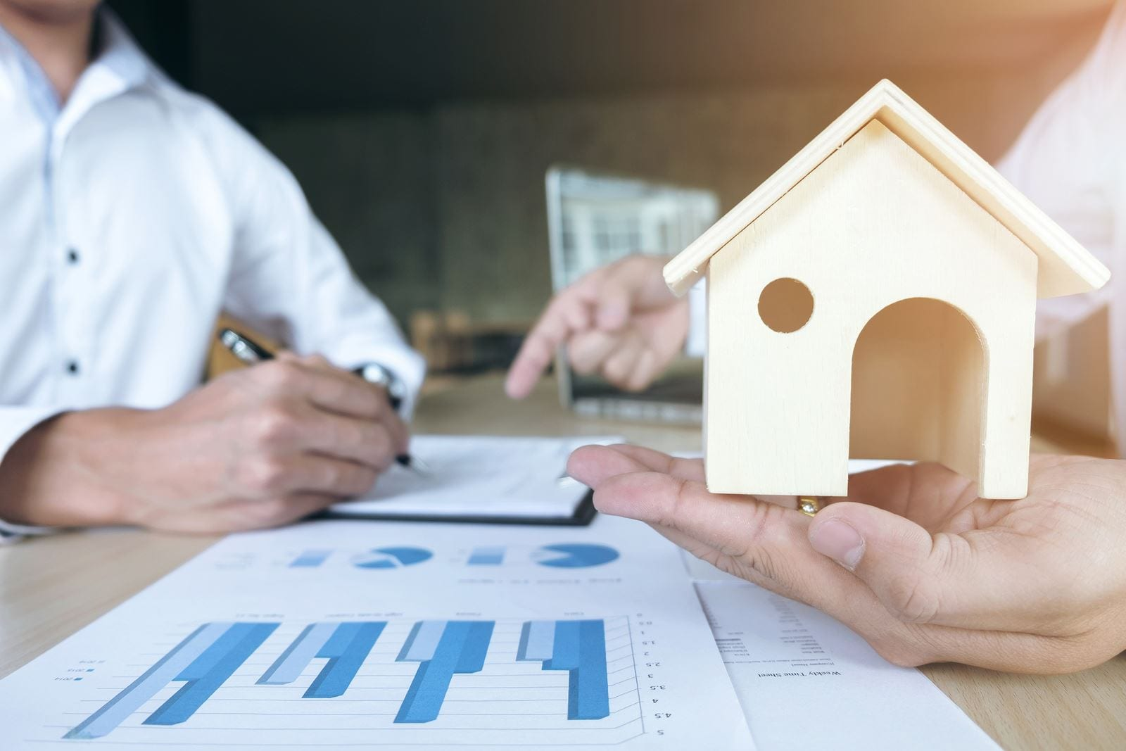 The Ultimate Beginner's Guide to Real Estate Investment