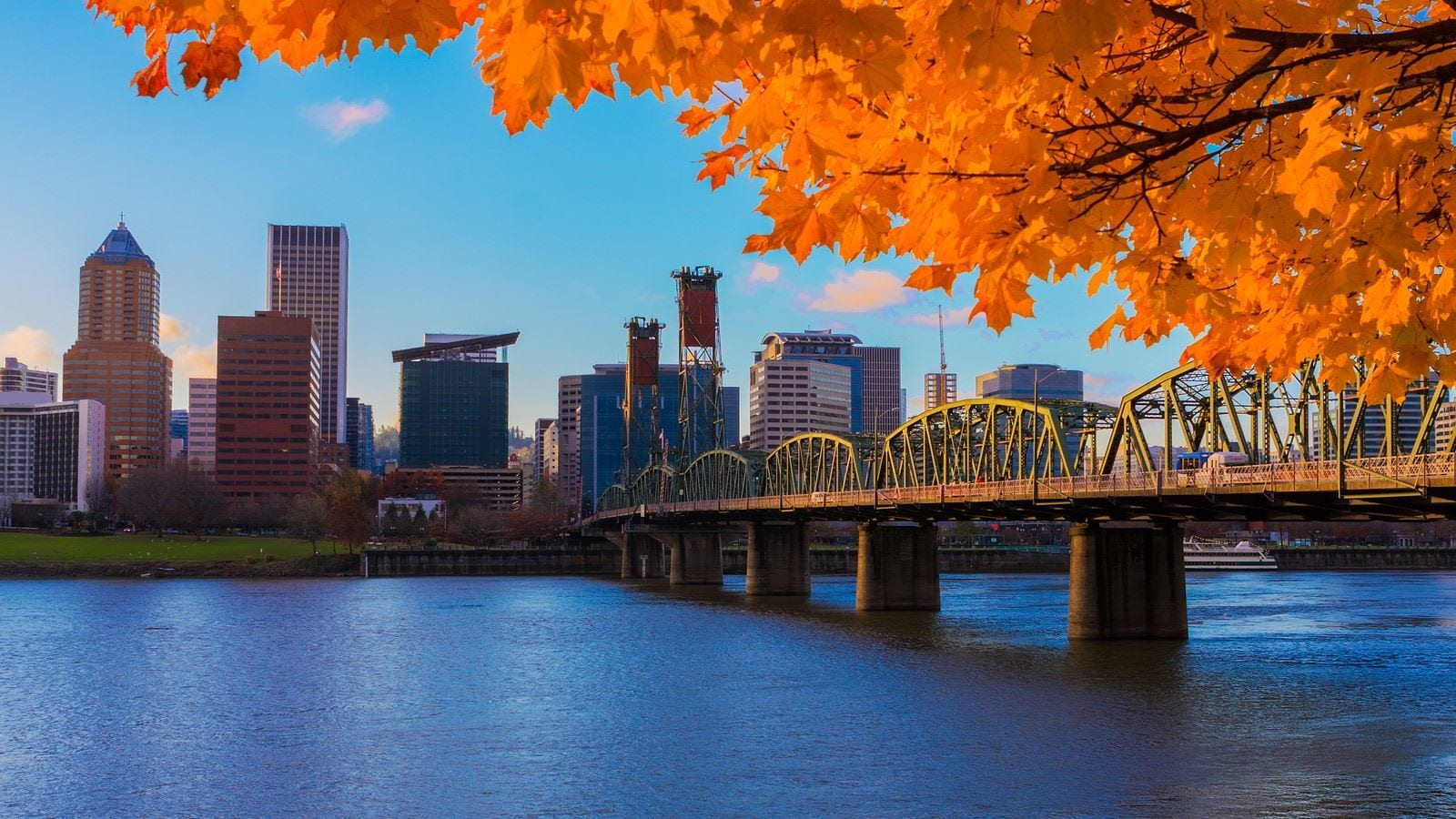 West Coast real estate: the best cities in Oregon