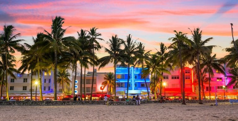 What Airbnb Miami regulations should investors know?