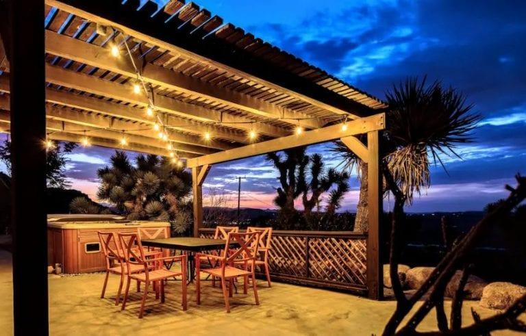 invest in Joshua Tree vacation rentals
