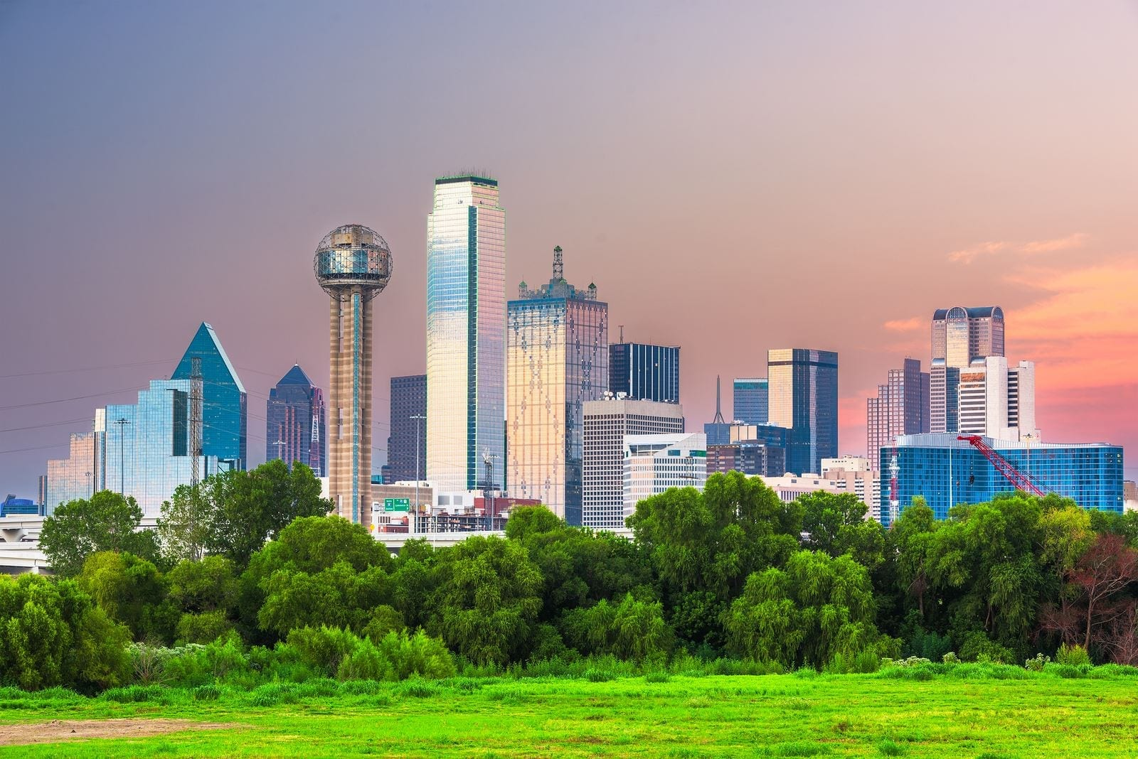 Should You Invest in an Airbnb Dallas Rental Property in