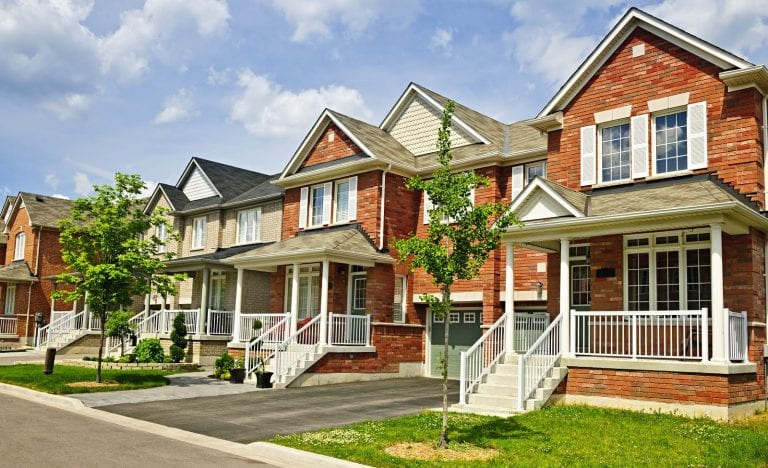 commercial vs residential real estate - the pros and cons