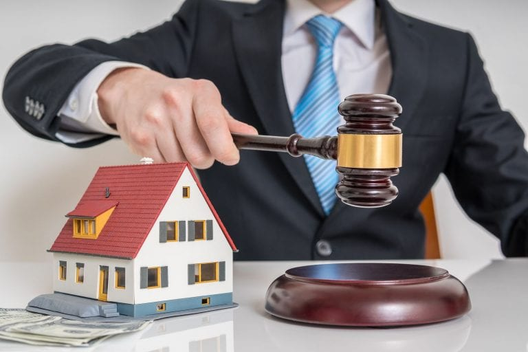 how to buy properties at real estate auctions