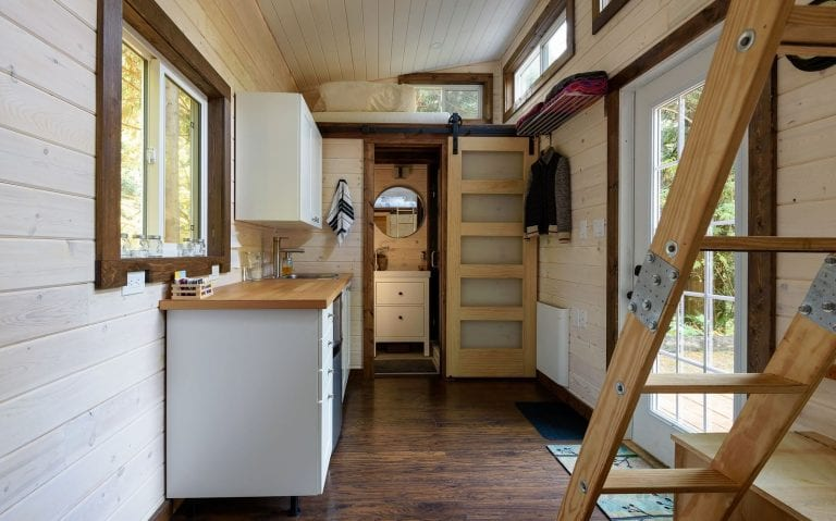 the advantages of investing in a tiny house
