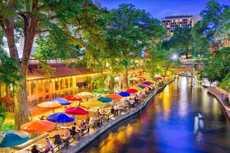is Airbnb San Antonio a smart investment?