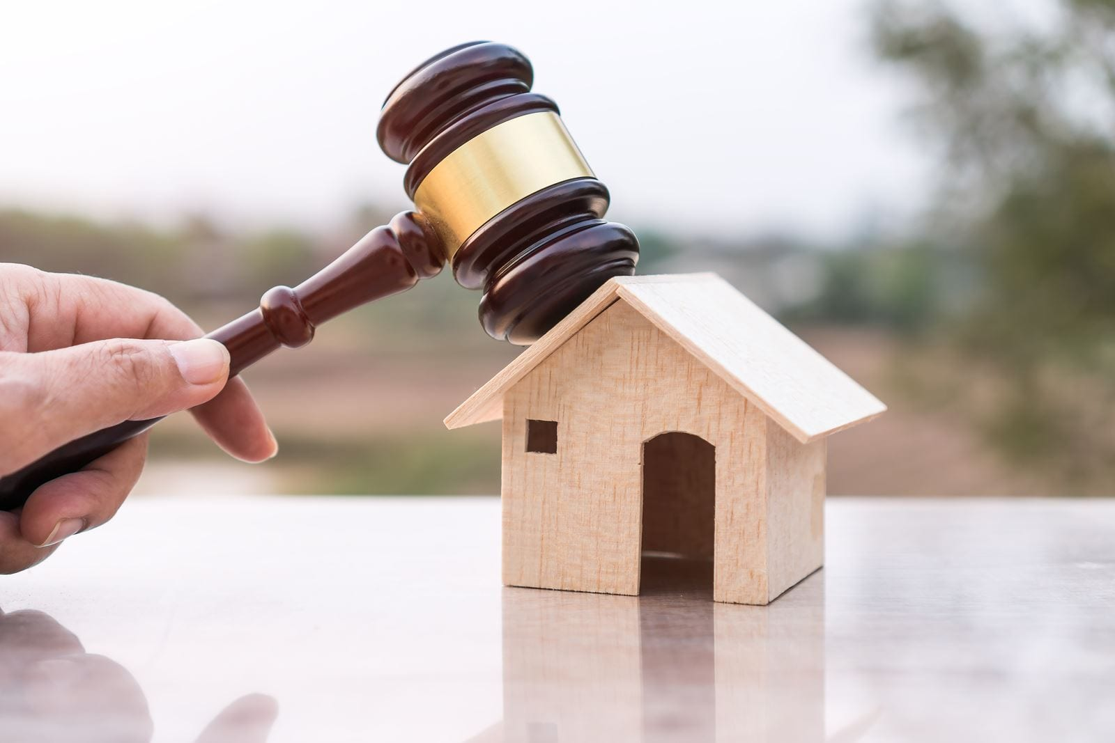 6 Mistakes to Avoid at a Property Auction | Investment Property ...