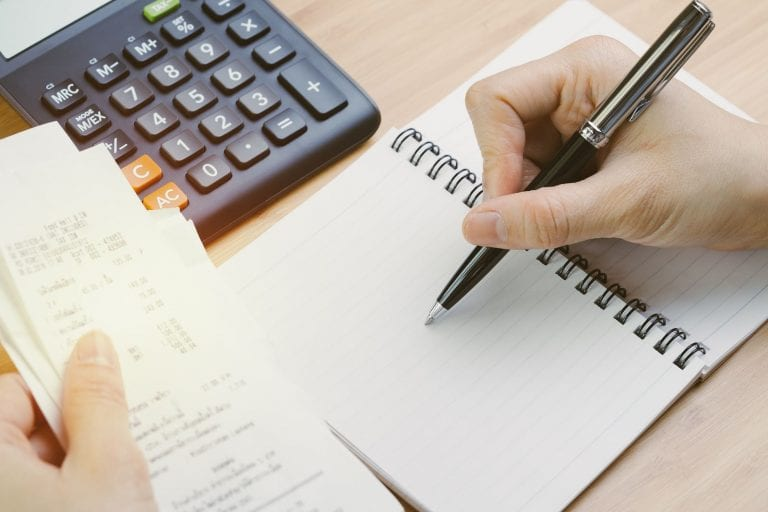 what is positive cash flow and how to calculate it