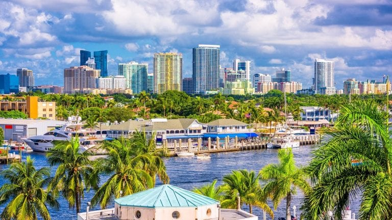 discover the best places to invest in real estate in Florida