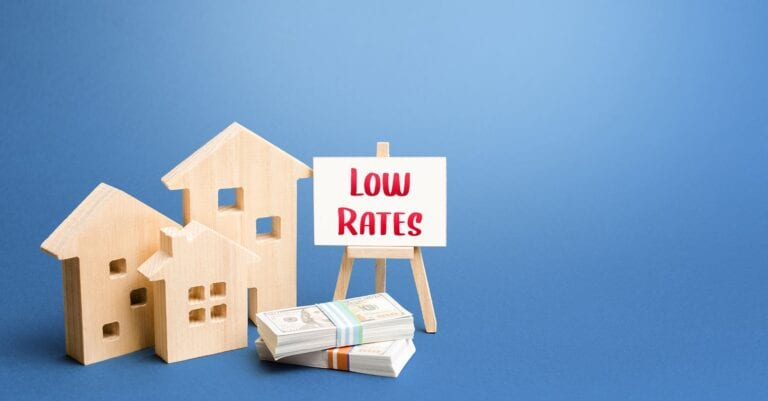 good time to invest in real estate - low mortgage rates