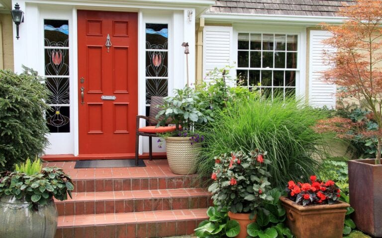 DIY curb appeal ideas for sellers