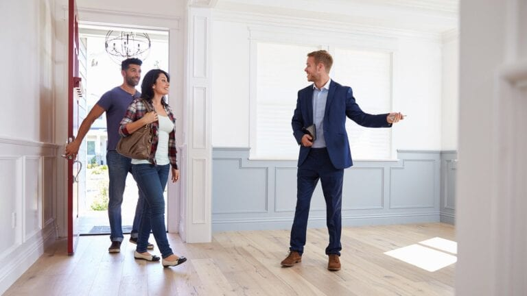 showing rental property to prospective tenants tips
