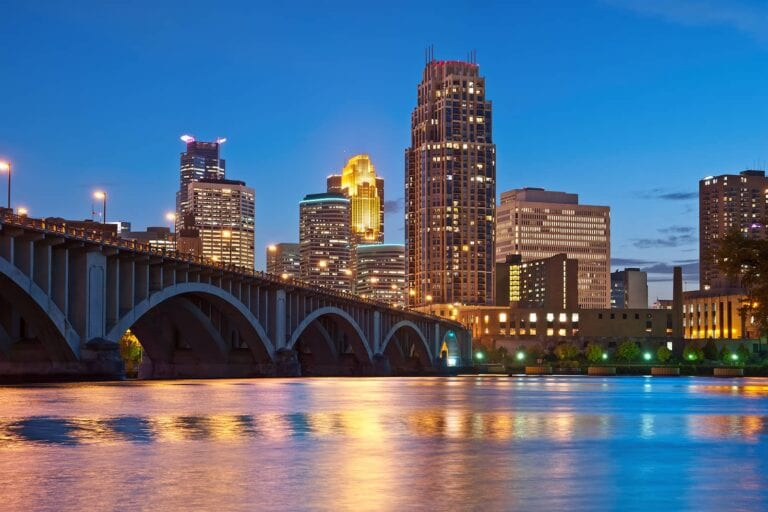 neighborhoods in the Minneapolis housing market 2021