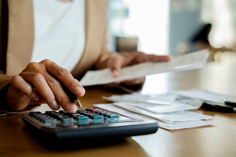 calculate fix and flip costs