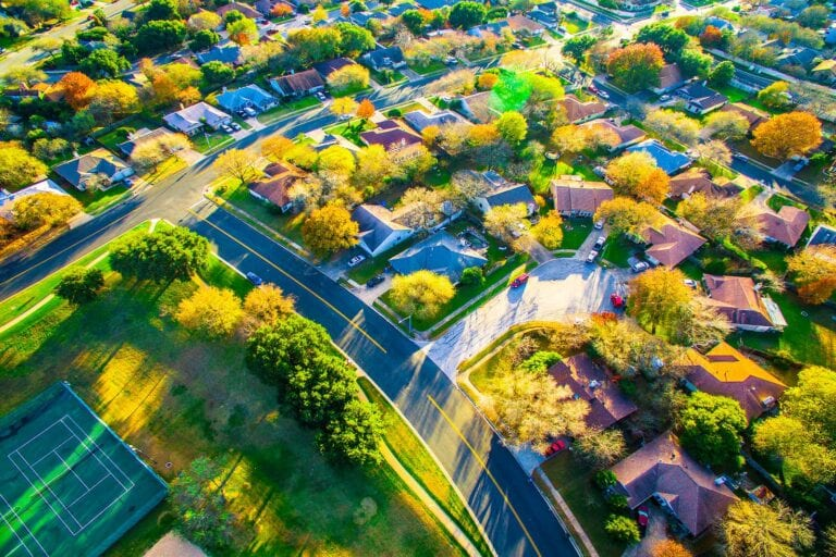 rental market trend 2021 - suburbs will be hot