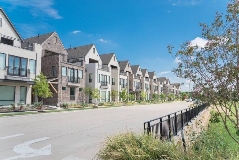 Dallas Housing Market Predictions 2021: Best Neighborhoods