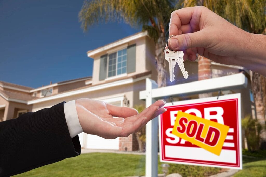 Maximize Real Estate Sales in 2021: Work with Investors