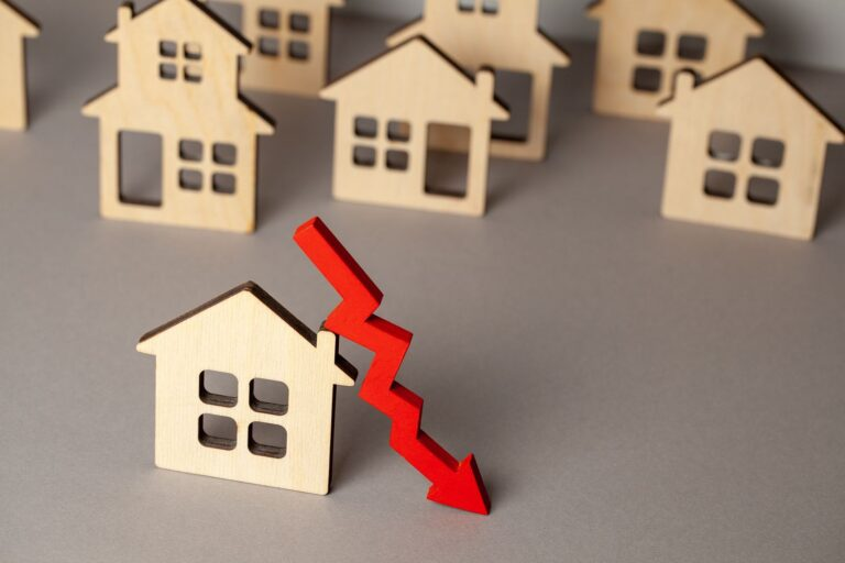 Buyers can ask for a lower price in lieu of repairs